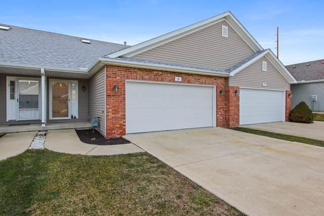 9 Edvardinsh Way, Bloomington, IL 61701 (MLS #10611508) :: The Perotti Group | Compass Real Estate
