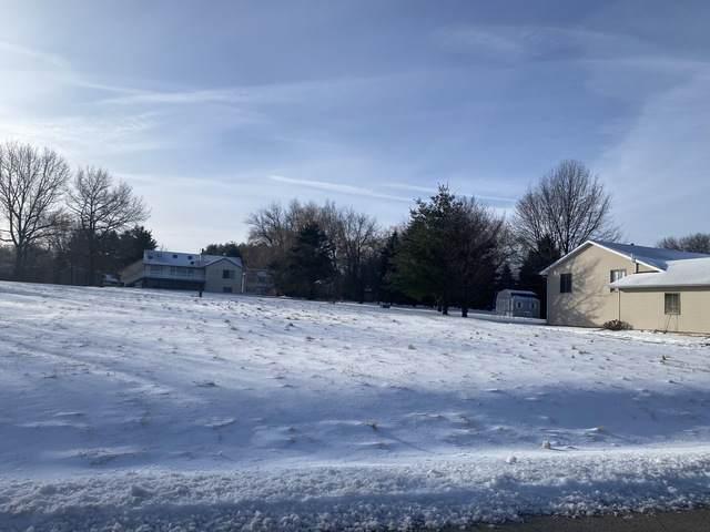 200 Thornhill Drive SW, Poplar Grove, IL 61065 (MLS #10612619) :: Schoon Family Group