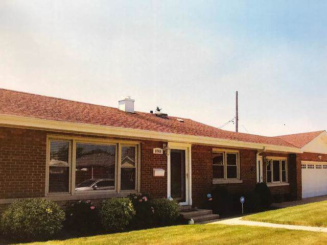 9740 S Utica Avenue, Evergreen Park, IL 60805 (MLS #10614683) :: The Perotti Group | Compass Real Estate