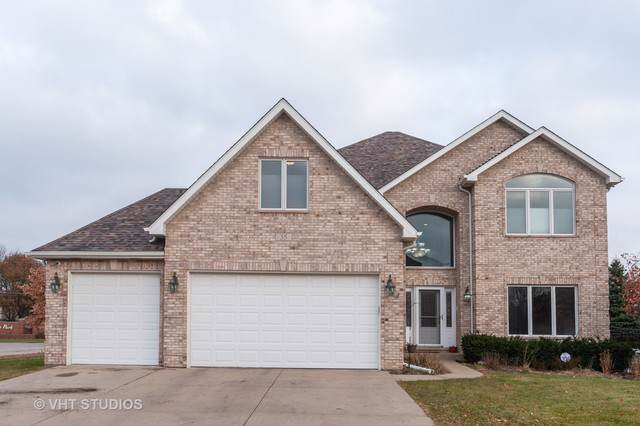 35 Clair Court, Roselle, IL 60172 (MLS #10620180) :: Berkshire Hathaway HomeServices Snyder Real Estate