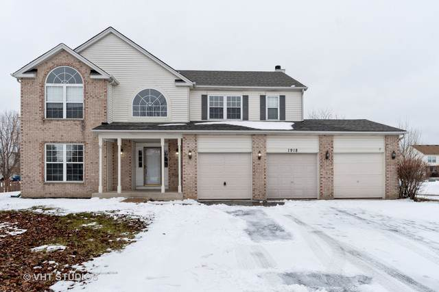 1918 Arbor Gate Drive, Plainfield, IL 60586 (MLS #10621797) :: The Wexler Group at Keller Williams Preferred Realty