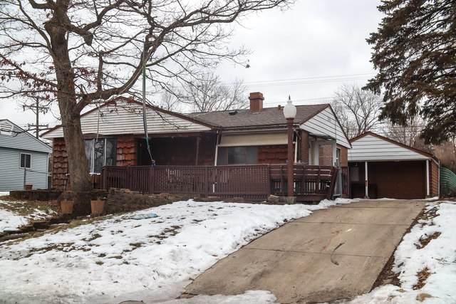 8 Evergreen Lane, Carpentersville, IL 60110 (MLS #10624803) :: BN Homes Group
