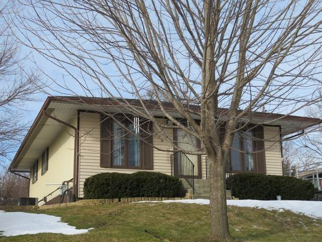 6426 236th Avenue, Paddock Lake, WI 53168 (MLS #10629640) :: Helen Oliveri Real Estate