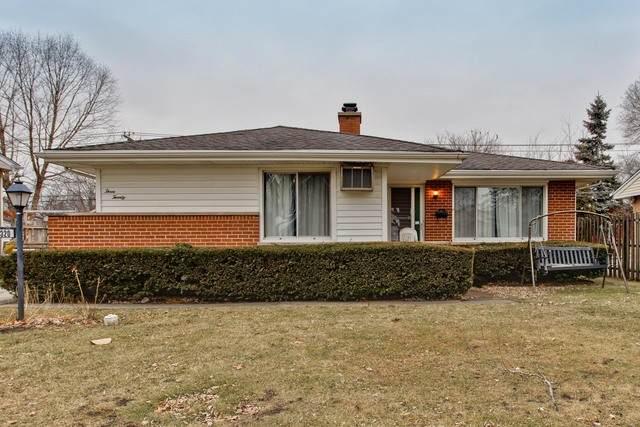 320 E Jeffery Avenue, Wheeling, IL 60090 (MLS #10630128) :: Helen Oliveri Real Estate