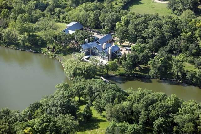 28 Brinker Road, Barrington Hills, IL 60010 (MLS #10633946) :: Ani Real Estate