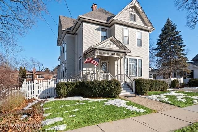 125 North Avenue, Barrington, IL 60010 (MLS #10645936) :: BN Homes Group