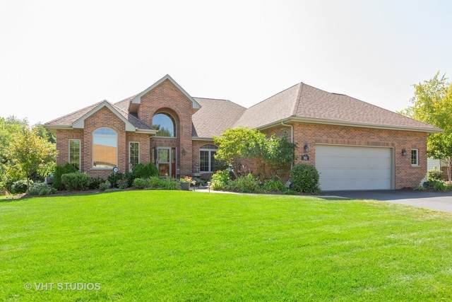 352 Poplar Drive, Yorkville, IL 60560 (MLS #10648038) :: The Mattz Mega Group