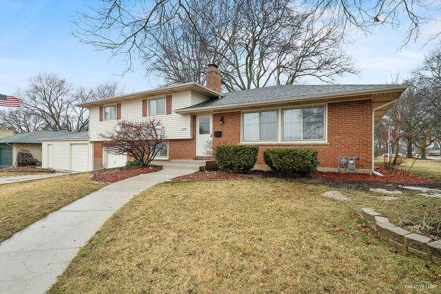 1170 Demmond Street, Elgin, IL 60123 (MLS #10659216) :: Suburban Life Realty