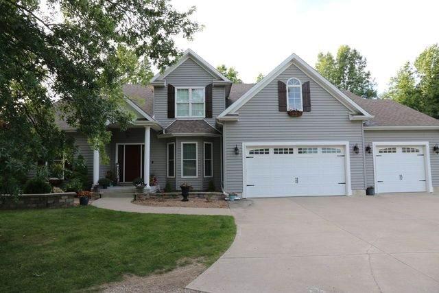 21135 Hidden Valley Loop, Lexington, IL 61753 (MLS #10661087) :: Jacqui Miller Homes