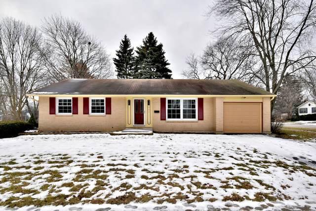 907 W Braeside Drive, Arlington Heights, IL 60004 (MLS #10673793) :: BN Homes Group