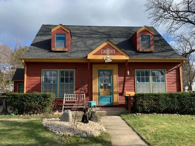 1074 Birchdale Drive, Elgin, IL 60123 (MLS #10675327) :: Knott's Real Estate Team
