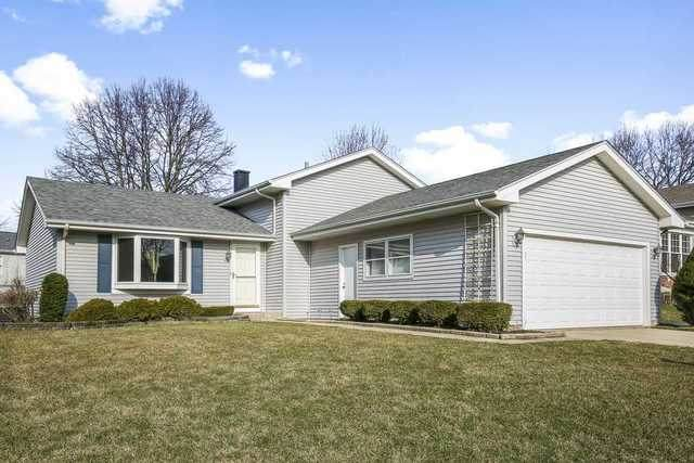 1130 Washington Street, Bartlett, IL 60103 (MLS #10677164) :: Suburban Life Realty
