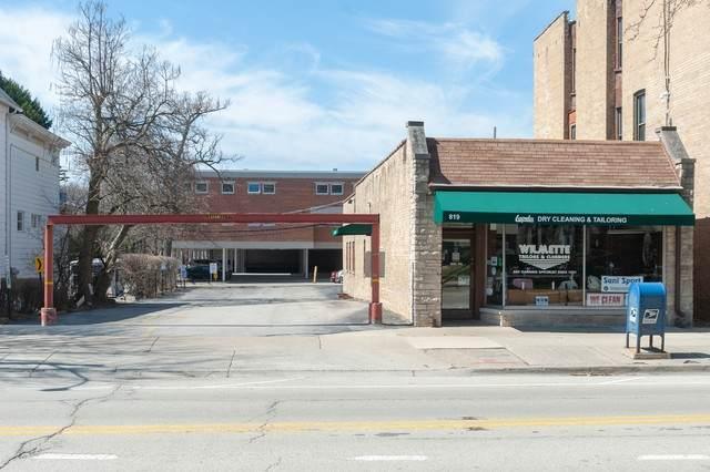 819 Ridge Road, Wilmette, IL 60091 (MLS #10679946) :: Helen Oliveri Real Estate