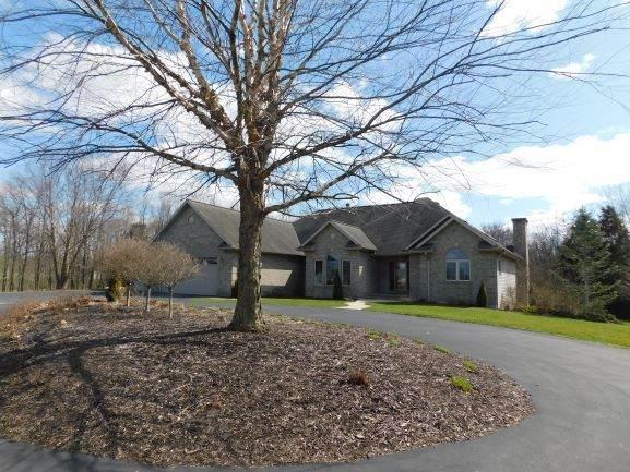 1581 Deer Path Lane, Franklin Grove, IL 61031 (MLS #10680209) :: The Spaniak Team