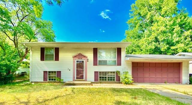 1604 Arrowhead Drive, Bloomington, IL 61704 (MLS #10681346) :: The Wexler Group at Keller Williams Preferred Realty