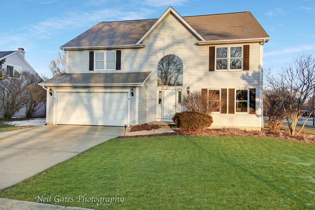 2612 Midland Drive, Naperville, IL 60564 (MLS #10685255) :: Schoon Family Group