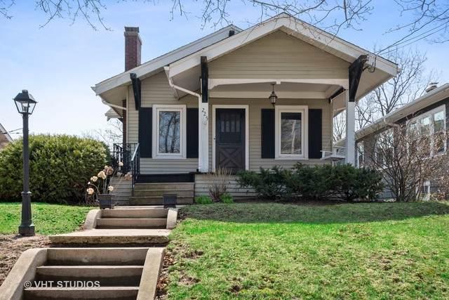 225 Coolidge Avenue, Barrington, IL 60010 (MLS #10686551) :: Helen Oliveri Real Estate