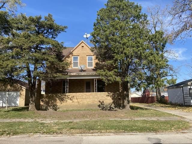 110 E 8th Street, Kewanee, IL 61443 (MLS #10694256) :: Littlefield Group