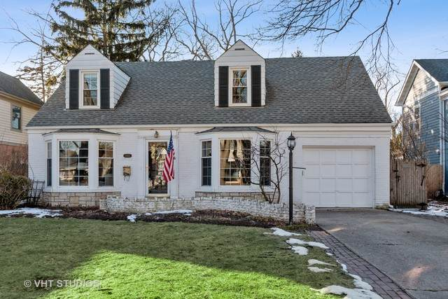 1052 Briarwood Lane, Northbrook, IL 60062 (MLS #10696838) :: Helen Oliveri Real Estate