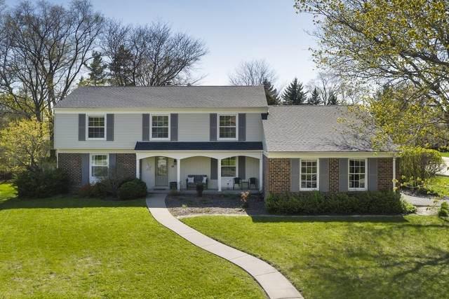 1135 Antique Lane, Northbrook, IL 60062 (MLS #10712566) :: Helen Oliveri Real Estate