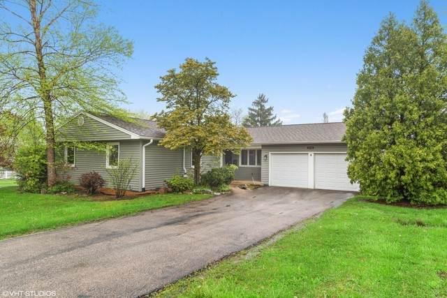 1711 Cambourne Lane, Schaumburg, IL 60194 (MLS #10712652) :: Angela Walker Homes Real Estate Group