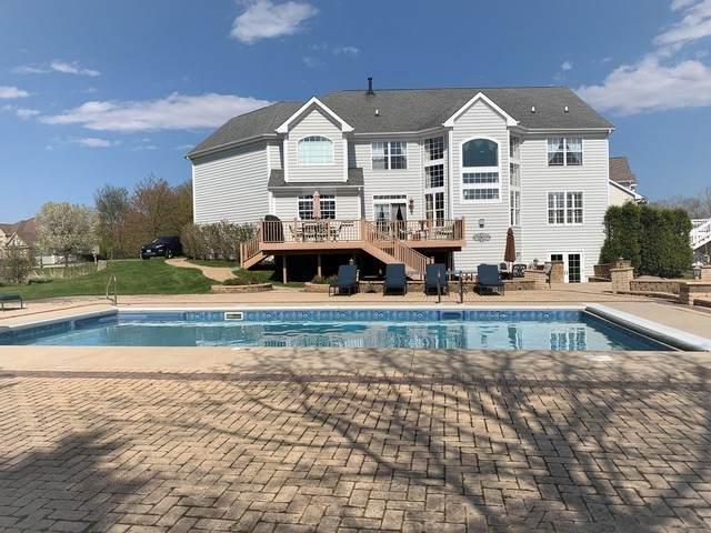 8136 S Boulder Court, Long Grove, IL 60047 (MLS #10713052) :: Helen Oliveri Real Estate