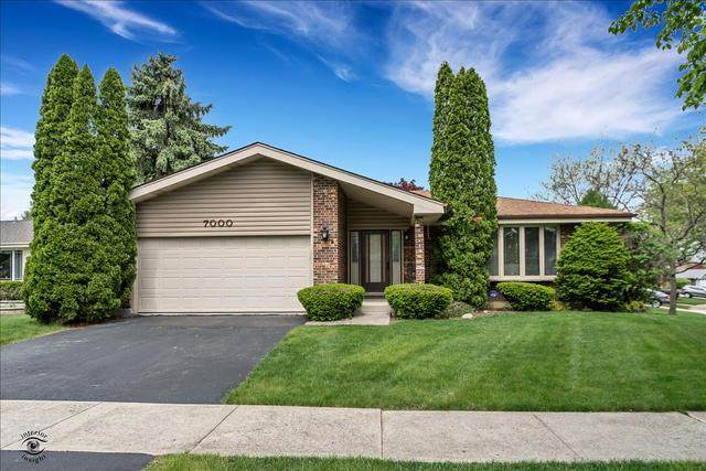 7000 Camden Court, Downers Grove, IL 60516 (MLS #10723264) :: The Dena Furlow Team - Keller Williams Realty