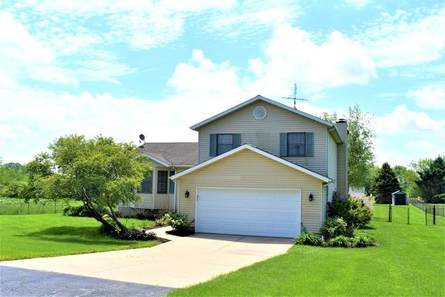 2401 Hubbard Road, Sterling, IL 61081 (MLS #10728996) :: Jacqui Miller Homes