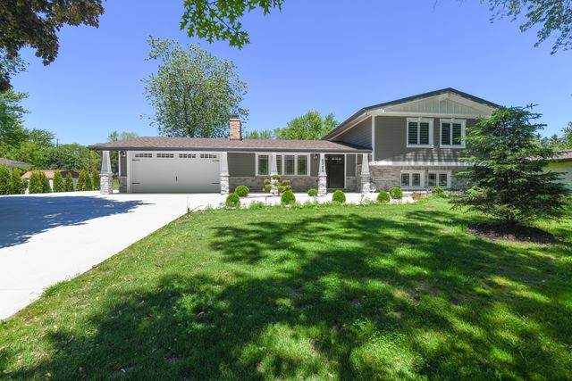 6320 Gaynelle Road, Tinley Park, IL 60477 (MLS #10730902) :: Lewke Partners