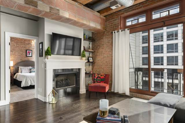 360 W Illinois Street #407, Chicago, IL 60654 (MLS #10732260) :: Property Consultants Realty