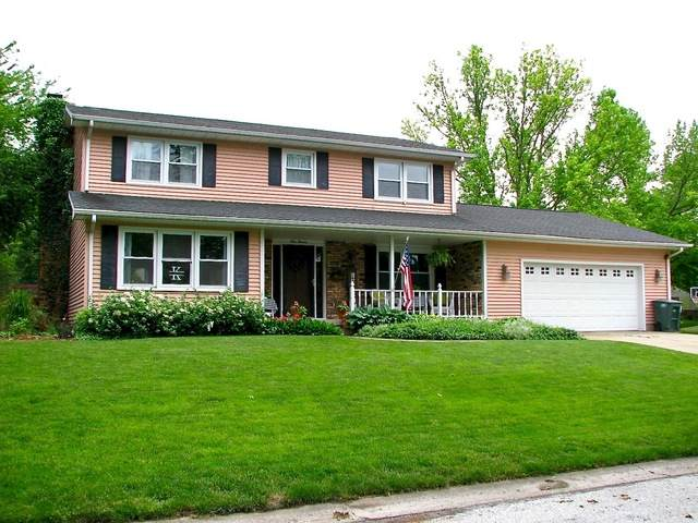 111 Fairlane Drive, Tuscola, IL 61953 (MLS #10736094) :: Ryan Dallas Real Estate