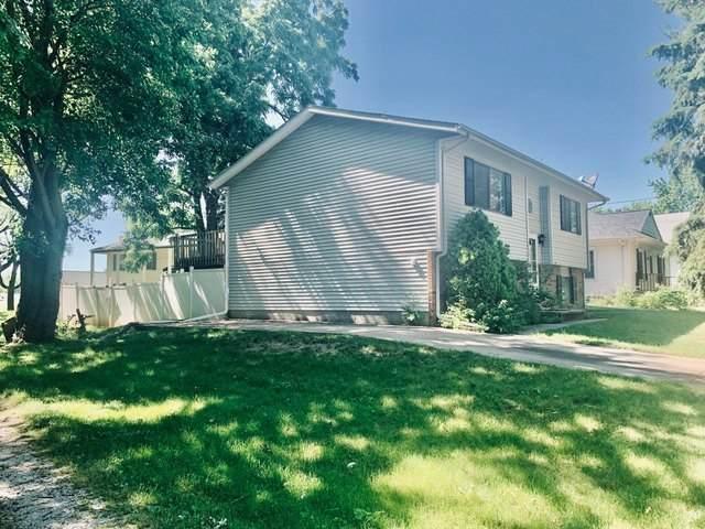 1015 Maple Street, Bloomington, IL 61701 (MLS #10742462) :: Janet Jurich