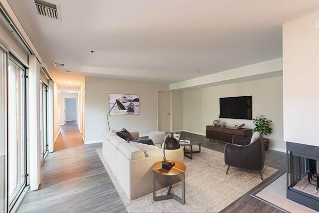 371 Kelburn Road #122, Deerfield, IL 60015 (MLS #10751380) :: John Lyons Real Estate
