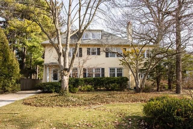 527 Warwick Road, Kenilworth, IL 60043 (MLS #10765691) :: Property Consultants Realty