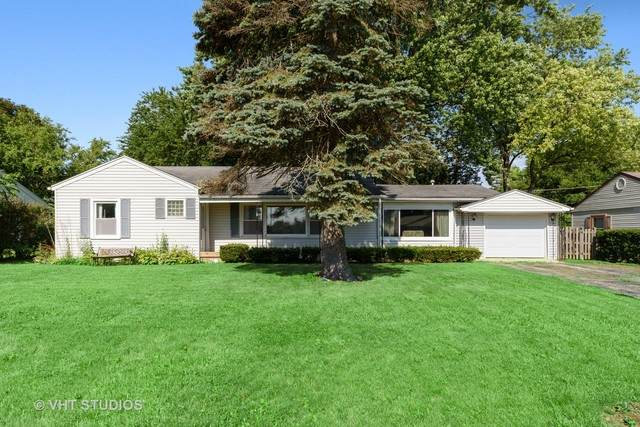 145 Fairway Road, Lake Zurich, IL 60047 (MLS #10767741) :: BN Homes Group