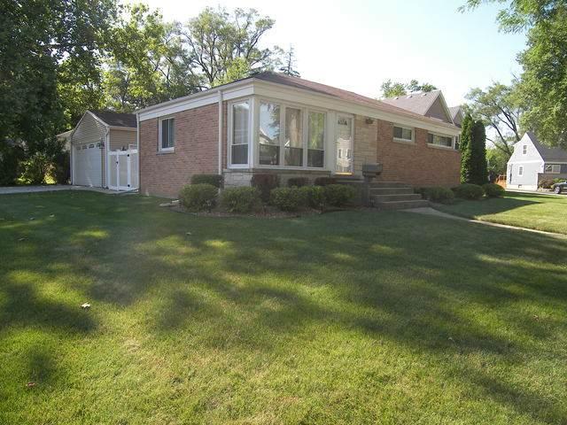1104 N Haddow Avenue, Arlington Heights, IL 60004 (MLS #10775510) :: Ryan Dallas Real Estate