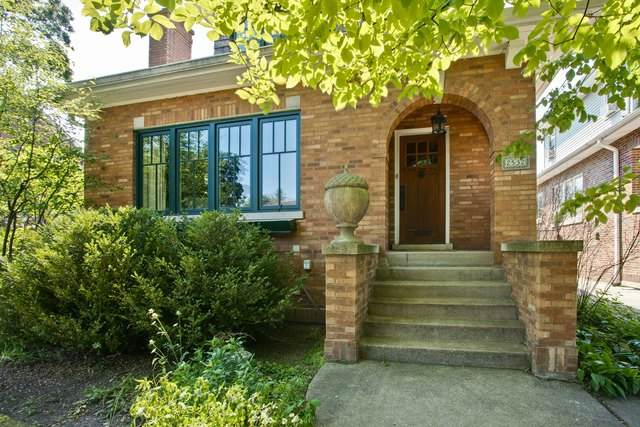 2532 Ridgeway Avenue, Evanston, IL 60201 (MLS #10776986) :: Angela Walker Homes Real Estate Group