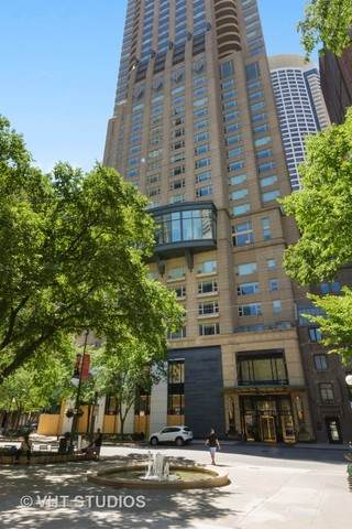 800 N Michigan Avenue #3502, Chicago, IL 60611 (MLS #10783566) :: Angela Walker Homes Real Estate Group