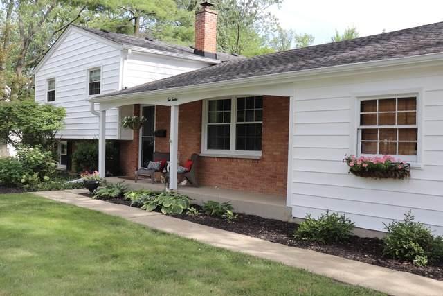 212 E 11th Avenue, Naperville, IL 60563 (MLS #10785985) :: John Lyons Real Estate