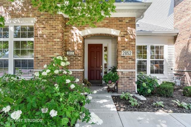 2852 Normandy Circle - Photo 1