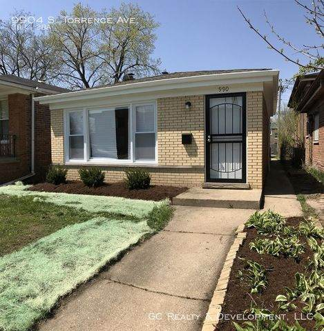 9904 S Torrence Avenue, Chicago, IL 60617 (MLS #10793541) :: The Wexler Group at Keller Williams Preferred Realty