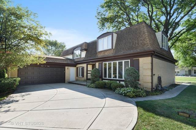 1203 W Cedar Lane, Arlington Heights, IL 60005 (MLS #10801816) :: John Lyons Real Estate