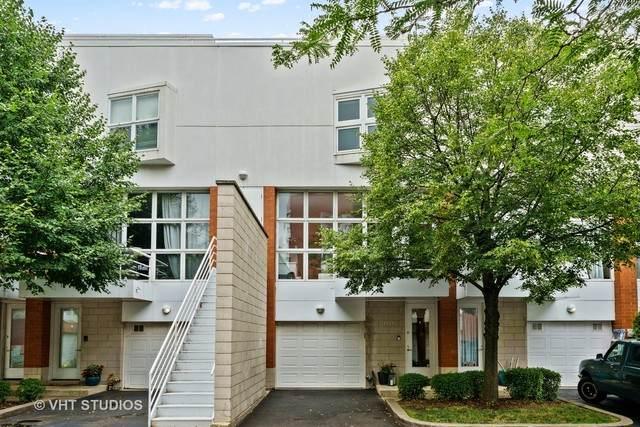 1747 W George Street, Chicago, IL 60657 (MLS #10802263) :: Littlefield Group