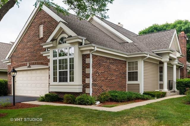 1909 N Evergreen Avenue, Arlington Heights, IL 60004 (MLS #10803697) :: John Lyons Real Estate