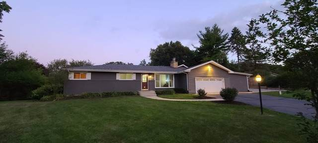 38W641 Hilltop Drive, St. Charles, IL 60175 (MLS #10809346) :: The Wexler Group at Keller Williams Preferred Realty