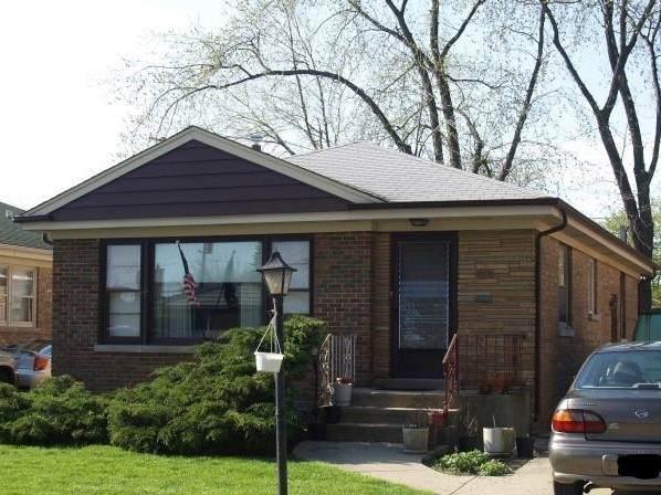 3823 Jerome Avenue, Skokie, IL 60076 (MLS #10847949) :: Property Consultants Realty