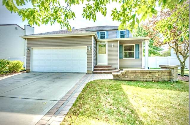 1906 Seton Hall Drive, Naperville, IL 60565 (MLS #10853248) :: The Wexler Group at Keller Williams Preferred Realty