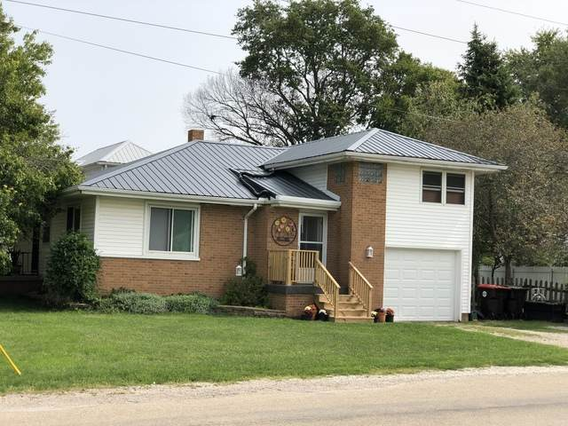 310 W Prairie Street, HEYWORTH, IL 61745 (MLS #10859224) :: Jacqui Miller Homes
