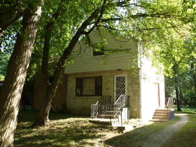 5717 Hillcrest Road, Downers Grove, IL 60516 (MLS #10879886) :: Ryan Dallas Real Estate