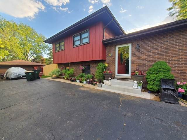 2013 Fairfield Road, Lindenhurst, IL 60046 (MLS #10883268) :: BN Homes Group